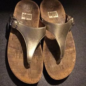Fitflop gold cork sandals 7